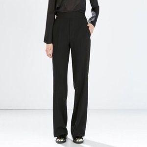 Zara Black Highwaisted Trouser with side zipper